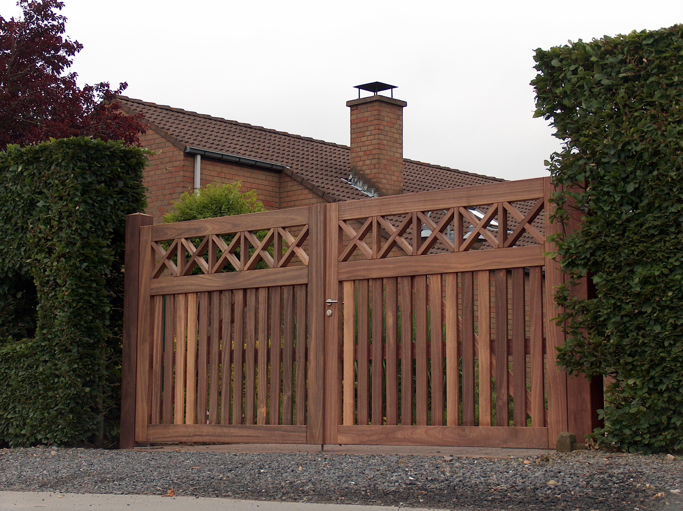 Kies voor een houten poort op maat